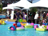 5 Pcs Power Paddler Boat and 8x5m Inflatable Pool