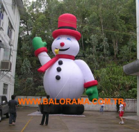 Inflatable Giant Snowman 6m