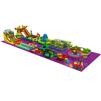Giant Inflatable Playground 830m²